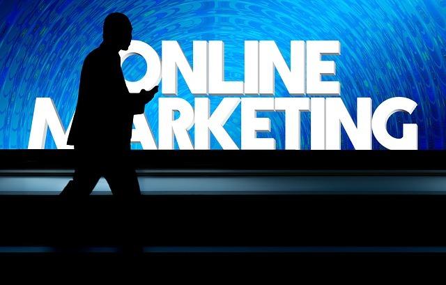 kierownik marketingu online